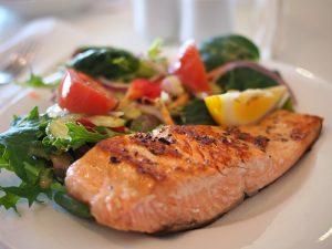 pesce e olio d'oliva